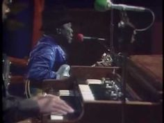 John Lee Hooker & Friends - Live 1984-1992 (56 min) - John, the whole world has sho' 'nuf got the Blues now, hard times are now times - and they feelin' the Blues.