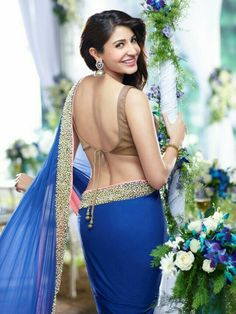 Bollywood popular actress Anushka Sharma best picture and wallpaper gallery. Best hd image of actresss Anushka Sharma. Blouse Back Neck Designs, Saree Blouse Designs, Blouse Patterns, Bollywood Saree, Bollywood Fashion, Indian Bollywood, Saree Fashion, Bollywood Images, Bollywood Masala