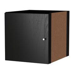 KALLAX Einsatz mit Tür IKEA Der Einsatz ist auch auf der Rückseite behandelt; sieht in einem Raumteiler von beiden Seiten gut aus.