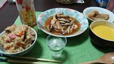 晩酌なのでご飯もありきですが、中心にはスパークリング日本酒が来てます。嫁の得意料理「チキンソテーのキノコあんかけ」は和洋どちらの酒にも良く合いますー♪【coniさん☆11-12月冬到来!楽しい酒模様】