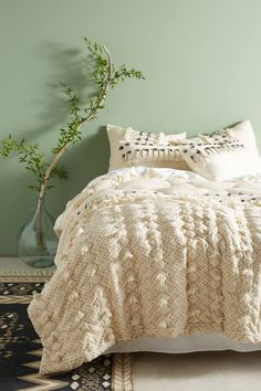 Shop the Tufted Pointilliste Quilt and more Anthropologie at Anthropologie today. Read customer reviews, discover product details and more.