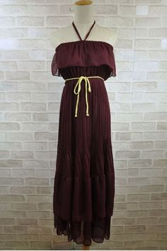 Elegant Sexy Pleated Chiffon Dress $73.00 - Think I could wing it with a white tee underneath?