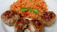 Griekse gehaktspiesjes met feta en tomatenrijst