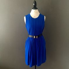 ✨HOST PICK ✨Calvin Klein blue dress Royal blue shift dress. Great for work and/or cocktails...a great staple for any closet. Great as is or paired with a blazer. Easily accessorized to fit any style or occasion. Worn one time. Belt not included. Zips up the back. ✨host pick 11/19 wardrobe refresh✨ Calvin Klein Dresses