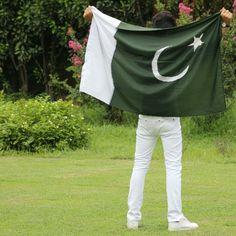 hamara mulk he hamari jaan,Salamat rahe sadaa iski shaanHappy Independence Day . by awan Pakistan 14 August, Pakistan Photos, Pakistan Zindabad, Islamabad Pakistan, Fashion Killa, Fashion Addict, Boy Fashion, 14 August Dpz, Pak Army Quotes
