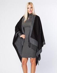 Oversized cape with fringes on the hem. Fringes, High Low, Cape, Dresses, Fashion, Mantle, Vestidos, Moda, Bangs