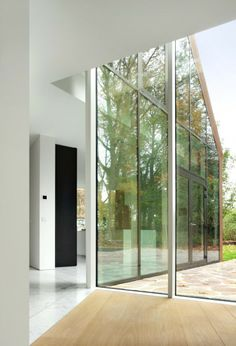 House VDV by Graux & Baeyens Architecten