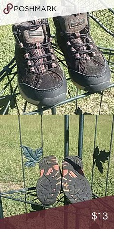 Eddie Bauer Boys Hiking Boots Size 11 m, worn a few times. Still allot of life left in them. Really Cute Boots. Brown ,Tan, Blue and burgendy. Little bit loose stitching is about only sign of wear. In pict 4. Eddie Bauer Shoes Boots