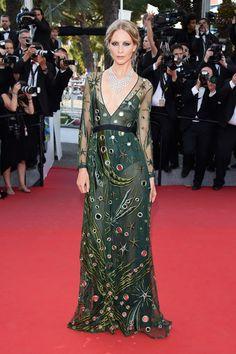 Poppy Delevingne en robe Burberry Prorsum sur-mesure et bijoux Chopard