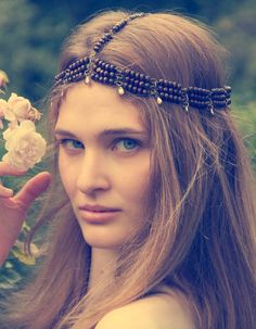 add some feathers to this bohemian head piece and it'd be amazing.