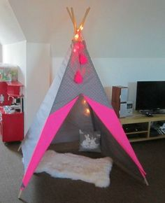 fluo Teepee Tent, Play Tents, Teepees, Kid Spaces, Play Houses, Decoration, Girls Bedroom, Diy For Kids, Baby Room