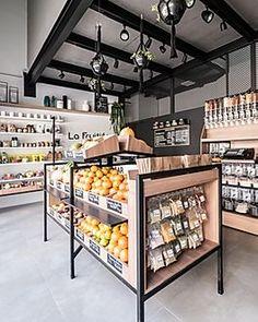 Cafe Interior Design, Retail Interior, Fruit And Veg Shop, Vegetable Shop, Deco Restaurant, Retail Store Design, Store Interiors, Cafe Shop, Shops
