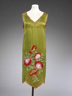 Callot Soeurs silk satin evening dress, 1922-1925.
