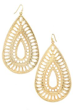 Ivory & Gold Earrings - something like these are beautiful! remember not too expensive - i like fake!