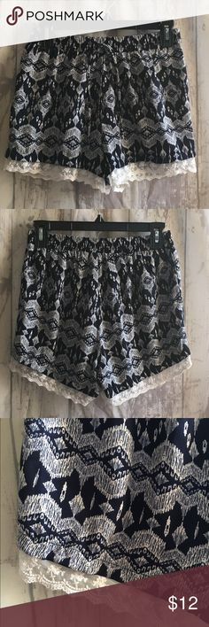 Maurice's Flowy Shorts Super cute and comfy flowy shorts with lace trim from Maurices. Size Medium. Maurices Shorts