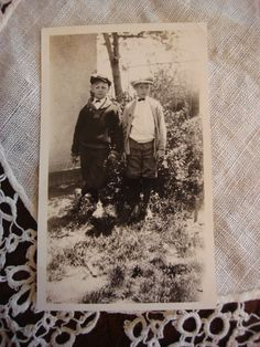 Vintage Photo, 2 Young Boys in Knickers with Newsboy Hats, Bowties