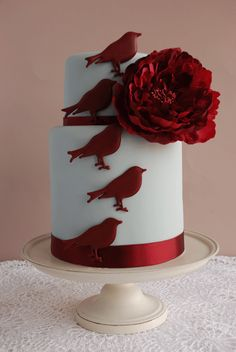 Brides: Wedding Cake of the Week: Glamorous Birds