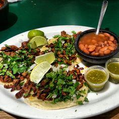 Tacos al pastor y frijoles charros, Mexico