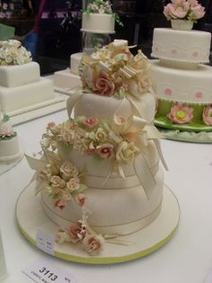 SRES - Three tiered flower wedding cake. 2009.