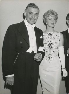 Doris and Clark Gable, Oh for the by gone days of old Hollywood Old Hollywood Glamour, Golden Age Of Hollywood, Vintage Hollywood, Hollywood Stars, Classic Hollywood, Hollywood Couples, Hollywood Actor, Old Movie Stars, Classic Movie Stars