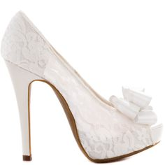 You won't hope you look for your special event, you'll know!  This pretty Chinese Laundry pump features a lavish pearl lace upper and dainty bow at the vamp.  A 5 1/2 inch heel and 1 inch platform perfects this fancy look.