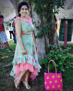 63 Ideas for embroidery baby clothes products Long Gown Dress, Lehnga Dress, Frock Dress, Lehenga, Sarees, Kids Blouse Designs, Dress Neck Designs, Kurti Designs Party Wear, Kurta Designs