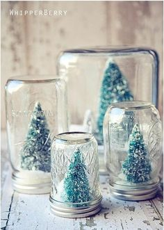 Prepare your home for the merriest holiday ever with these homemade Christmas decorations. These crafty DIY Christmas decorations are rustically charming and easy to recreate. Diy Snow Globe, Christmas Snow Globes, Noel Christmas, Winter Christmas, Winter Snow, Christmas Ideas, Christmas Music, Christmas Lights, Country Christmas