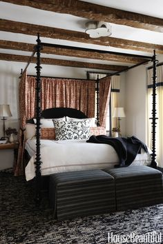 All the lines on the sheets and patterns! Love the cozy but not too sweet look.