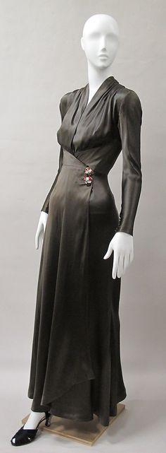 1939 silk evening dress, Charles James, via The Metropolitan Museum of Art.