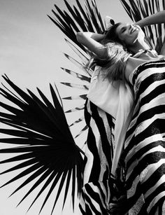 Gotta match your outfit to your foliage. Malgosia Bela by Photographer Greg Kadel