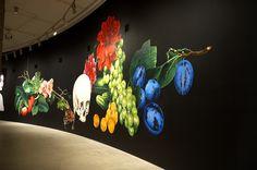 210 시나라 샤비지Shirana Shahbazi, installation view at The Barbican, 2008