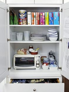 HGTV Magazine took a look at this cleverly planned-out space that puts every square inch to good use.