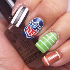 Get This Nfl Team Look At Polished Nail Bar Milwaukee And Brookfield Locations Nails