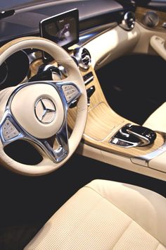 Mercedes interior, beautiful. #mercedes