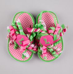 Cute Flip Flops for the girls.....inspiration to make for 18 inch dolls using the thicker foam for sole....