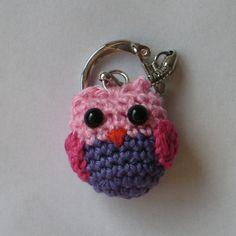 Cute Little Owl Keychain - pattern in english - scroll down
