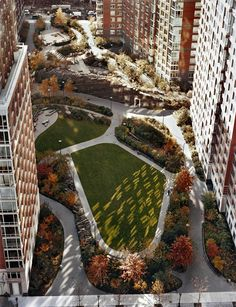Teardrop Park by Van Valkenburgh Assoc.
