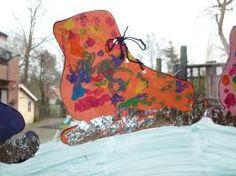 Posts about winter written by peuterpret Winter Diy, Winter Crafts For Kids, Diy For Kids, Winter Hats, Snow Theme, Winter Theme, Bubble Wrap Art, Milk Carton Crafts, Winter Words