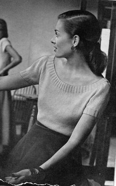 Vintage Knitting Pattern- So simple and pretty