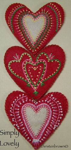 Embroidered felt hearts simply lovely || https://1creativeone.wordpress.com/2012/04/01/heartfelt-and-simply-lovely/