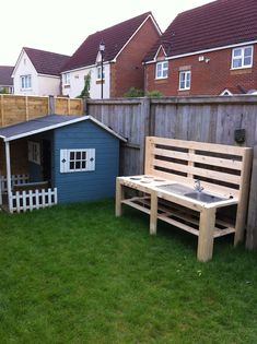 21 ideas for diy kids outdoor play area ideas pallets mud kitchen Outdoor Play Kitchen, Mud Kitchen For Kids, Kids Outdoor Play, Outdoor Play Spaces, Backyard For Kids, Backyard Playground, Playground Kids, Patio, Play Houses