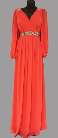 If only i could pull off this color! African Fashion Dresses, African Dress, Fashion Outfits, Lovely Dresses, Elegant Dresses, Chiffon Dress, Dress Skirt, Rome Fashion, Formal Gowns