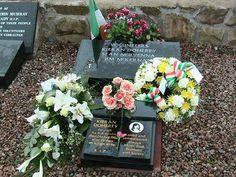 1981 Irish hunger strike - Wikipedia, the free encyclopedia Bobby Sands, Hunger Strike, My Heritage, Ireland, Irish, Floral Wreath, History, Scotland, Free