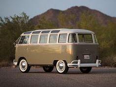 1963 Volkswagen '23-Window' Deluxe Microbus | Arizona 2017 | RM Sotheby's