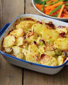 Find Bacon, Potato & Leek Bake with Carrots & Mangetout at ALDI. Aldi Recipes, Leek Recipes, Carrot Recipes, Fish Recipes, Vegetable Recipes, Vegetarian Recipes, Cooking Recipes, Recipies, Salads
