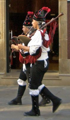 Bagpipers, Galicia