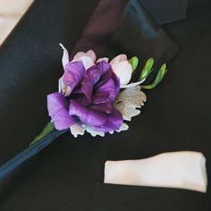 Boutonniere. #handsomegroom #onhisweddingday #hisboutonniere #nycweddings #ollistudio #nycweddingphotography #awardwinning #photojournalistic