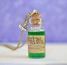Mandrake Restorative Potion Glass Bottle Pendant Necklace, Harry Potter Inspired in Jewellery & Watches, Costume Jewellery, Necklaces & Pendants Bottle Charms, Bottle Necklace, Pendant Necklace, Harry Potter Room, Mini Glass Bottles, Bff, Magical Jewelry, Harry Potter Universal, Restoration