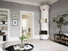Gothenburg Home In Soft Grey And Green (Gravity Home) Glam Living Room, Living Room Interior, Home Interior Design, Interior Architecture, Living Room Decor, Bedroom Decor, Interior Livingroom, Living Room Inspiration, Interior Inspiration