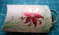 Christmas crafts - Recycling a greeting card into a gift pouch